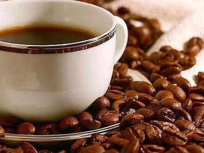 Регулярное употребление кофе снижает риск желудочно-кишечных заболеваний