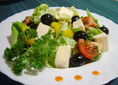 Салат – признанный король диетических блюд