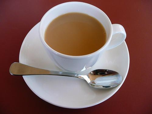 Чай с молоком помогает похудеть