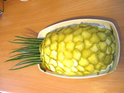 О пользе фруктового салата из ананасов для детей