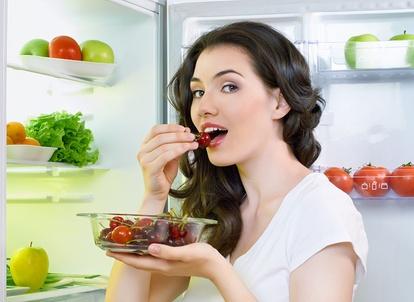 Израильские ученые опровергли тот факт, что наедаться на ночь вредно для фигуры